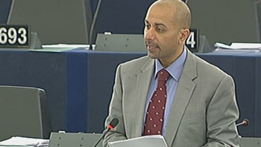 MEP Sajjad Karim addressing the European Parliamentary session.