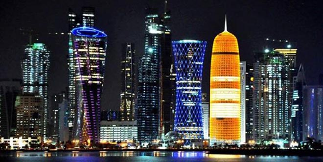 qatar-at-night