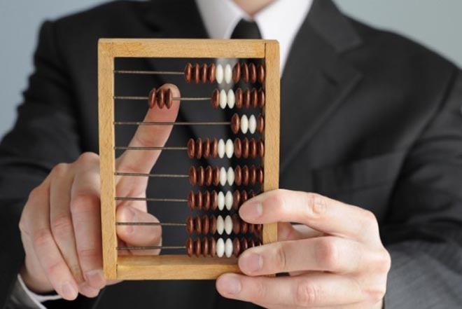 accountant_with_abacus_crop